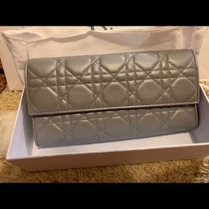 Lady dior Cannage pouch